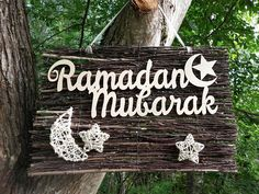 Ramadan mubarak wooden sign (unpainted ) attached to the birch twigs panel. Rattan crescent and stars. This wall/door hanger is a perfect Eid decoration for the muslim home. It can be made with Eid Mubarak wooden sign of the same size. Length of the Eid Mubarak sign is 35 cm. Size of