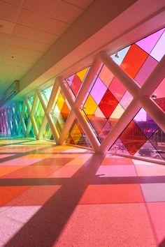 Broken Glass Art, Sea Glass Art, Stained Glass Art, Fused Glass, Miami Airport, Colour Architecture, Environmental Graphic Design, Light Art, Installation Art