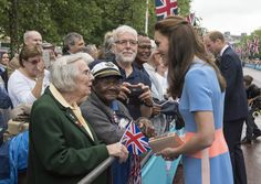 """Prince William, Duke of Cambridge and Catherine, Duchess of Cambridge greet guests attending """"The Patron's Lunch"""" celebrations for The Queen's 90th birthday on The Mall on June 12, 2016 in London, England. 10,000 guests have gathered on The Mall for a lunch to celebrate The Queen's Patronage of more than 600 charities and organisations. The lunch is part of a weekend of celebrations marking Queen Elizabeth II's 90th birthday and 63 year reign. The Duke of Edinburgh and other members of The…"""