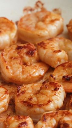 """30 minutes · Serves 4 · Why """"Bang Bang?"""" Because this shrimp pasta is bangin'! Healthy Dinner Recipes, Low Carb Recipes, Vegetarian Recipes, Cooking Recipes, Linguine, Seafood Dishes, Seafood Recipes, Chicken Tenderloin Recipes, Pasta Recipes Video"""