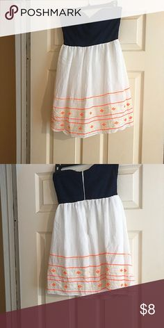 Strapless Navy Blue and White Dress ✨Super cute strapless, navy blue and white dress with orange detailing! The navy blue chest portion has nice lace detailing on it! Perfect for casual summer outings! Super lightweight and flowy! Zipper closure in the back! The wrinkles disappear with ironing or steaming!✨ Dresses Strapless