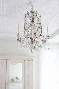 Beautiful high ceiling...
