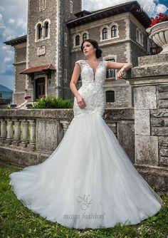 Model M15.16 Romanian Wedding, Maya Fashion, Designer Wedding Dresses, Mermaid Wedding, Weddings, Bride, Collection, Wedding Bride, Bridal