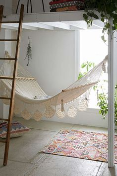 This would be a perfect reading nook - design inspiration