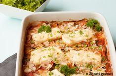 Een heerlijke feta-courgetteschotel! Een ovenschotel vol met courgette, tomaten Feta, Fried Rice, Lunches, Fries, Veggies, Breakfast, Ethnic Recipes, Zucchini, Tomatoes