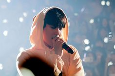 160318 EXO Baekhyun (cr: 백백456)