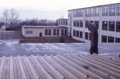 Entire school shaped like a U.  Elementary on one side, middle on the other and high school in the middle.  I went from K-4
