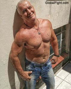 muscle pecs hairy dad