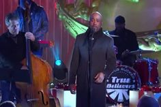 You Won't Believe The Disgusting Thing Liberals Did When This Country Star, Darius Rucker, Sang A Christmas Carol #christmas #KeepCHRISTinChristmas