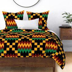 Jumbo Yellow, Green, Red, on Black, Kente Cloth Duvet Cover Red Bedding, Bedding Sets, Comforter, African Interior Design, Ghana, African House, Glam House, Stoff Design, Chevron