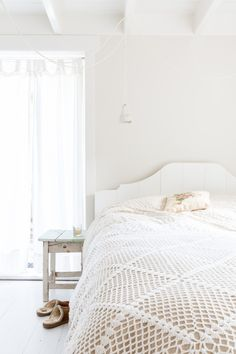 Binnenkijken in rentenierswoning + gastenverblijf in Westeremden (Noord-Groningen) - slaapkamer wit