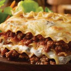 Easy Beef Lasagna Recipe Main Dishes with prepared lasagne, onions, ground beef… Creamed Mushrooms, Stuffed Mushrooms, Stuffed Peppers, Ground Venison Recipes, Deer Meat Recipes Ground, Mushroom Lasagna, Mushroom Sauce, Mushroom Chicken, Campbells Recipes