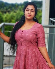 Hey Sweetie Visit our Website and enjoy with our Beauty Quizzes ! Beautiful Girl Indian, Most Beautiful Indian Actress, Beautiful Girl Image, Beautiful Women, Beautiful Actresses, Beauty Full Girl, Beauty Women, Muslim Beauty, Saree Photoshoot