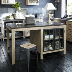 Vintage Kitchen Island Design Ideas With Awesome Style Modular Kitchen Cabinets, Home Kitchens, Kitchen Remodel, Kitchen Decor, Kitchen Island Design, Vintage Kitchen, Independent Kitchen, Interior Design Kitchen, Home Decor