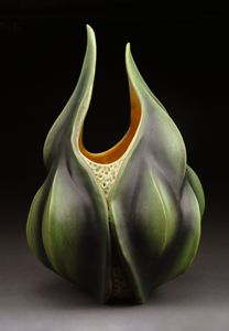 Grandus Multus Silqua: Andy Rogers: Ceramic Sculpture - The Artful Home- reminds me of an evil flower great ridges meeting at the mouth like tips