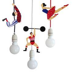 Kabelartisten - Clown, Gewichtheber, Seiltänzerin