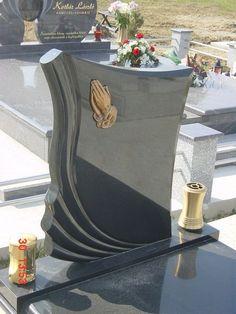 Tombstone Pictures, Headstone Ideas, Tombstone Designs, Memorial Garden Stones, Garden Art, Flower Arrangements, Bronze, Memories, House
