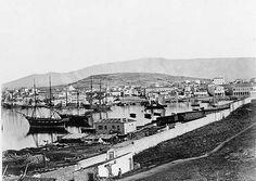 Πειραιάς 1850 Old Pictures, Old Photos, Vintage Photos, Greece History, Famous Photographers, Athens Greece, Library Of Congress, Old City, Olympia