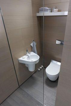 Tipp fürs kleine Badezimmer: Verwende Spielel, dass lässt dein Bad größer erscheinen. Bildmaterial (c) Duravit
