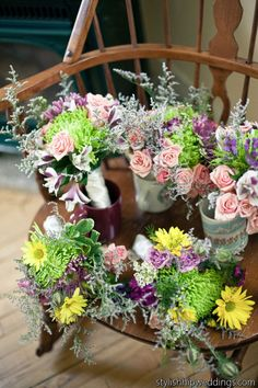 Blooms By the Box #Inspiration #diy #budgetflowers -  For more amazing  ideas, tools and tips visit us at http://www.brides-book.com and remember to join the VIB Club  for amazing offers from all our local vendors.