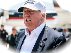 """flygcforum.com ✈ DONALD TRUMP ✈ Trump 757 - Documentary ✈ How do you tell one of the world's richest men that his pride and joy is in pieces? That's just one of the challenges facing pilot John Dunkin, captain of Donald Trump's lavish Boeing 757. Follow him and """"The Donald"""" as they fly from Florida to New York to London, with a pit stop in Georgia for an inspection that doesn't go quite as expected. Tight deadlines and a demanding boss will push Dunkin to the limits."""