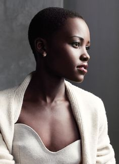 Lupita! <3 Photo by Joe Pugliese for The Hollywood Reporter Neckline