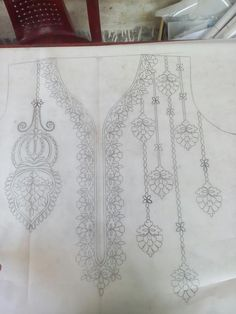 Sk Habibul's media content and analytics Hand Embroidery Projects, Hand Embroidery Dress, Embroidery Neck Designs, Geometric Embroidery, Tambour Embroidery, Embroidery Flowers Pattern, Hand Embroidery Stitches, Beaded Embroidery, Embroidered Towels