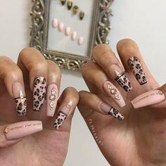 Riya's Nail Salon Me gusta, 38 comentarios - Riya's NailSalon Bling Nails, Swag Nails, Nagellack Design, Leopard Nails, Fire Nails, Best Acrylic Nails, Luxury Nails, Pretty Nail Art, Dream Nails
