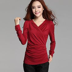 M&V Solid Color Fitted V Neck Bottoming T Shirt(Red) - USD $ 16.99