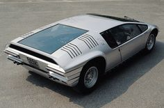 bizzarrini manta back