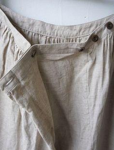 [Envelope Online Shop] Paivi Lisette New - Einkaufen Sewing Clothes, Diy Clothes, Clothes For Women, Linen Skirt, Linen Dresses, Wrap Pants, Women's Pants, Pantalon Large, Fashion Details