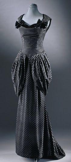 Dessès Dress - FW 1948 - by Jean Dessès (1904-1970) - Voided silk velvet by Bianchini Férier - Vogue France October 1948 -