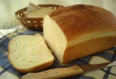 Cornbread, Banana Bread, Ethnic Recipes, Food, Baguette, Breads, France, Hungarian Recipes, Backen