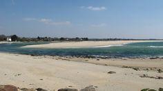 Vue sur la Mer Blanche (la poche se vide - marée descendante)  la flèche de sable, à partir de la Pointe Saint-Gilles Fouesnant | Finistère Bretagne  © Esther B. - 03 avril 2013