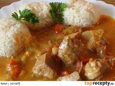 Rácské vepřové maso (maďarská kuchyně) Czech Recipes, Ethnic Recipes, Mashed Potatoes, Chicken Recipes, Recipies, Curry, Food And Drink, Treats, Czech Food