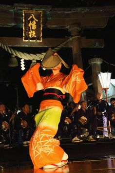 おわら風の盆、富山/ owara kaze no bon, Toyama festivals, matsuri, celebration, music, festival, the real japan, real japan, japan, japanese, guide, tips, resource, tips, tricks, information, guide, community, adventure, explore, trip, tour, vacation, holiday, planning, travel, tourist, tourism, backpack, hiking http://www.therealjapan.com/subscribe/
