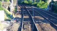 Conducteur de train @Conducteur_RER ♦ Quand on vous dit que la chaleur déforme les voies, c'est pas une blague...