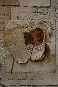 *Old love letters ♥ Beige Aesthetic, Book Aesthetic, Aesthetic Vintage, Aesthetic Pictures, Old Letters, Handwritten Letters, Vintage Lettering, Old Love, Wall Collage