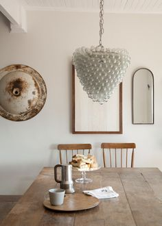The bottom of a chandelier over a table should hit 26 to 32 inches above the table. Rustic Primitive Decor, Rustic Wood, Shaker Furniture, Interior Decorating, Interior Design, Decorating Ideas, Interior Styling, Decor Ideas, We Are The World