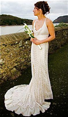 Crochet Patterns Free Wedding Dress : 1000+ ideas about Crochet Wedding Dresses on Pinterest ...