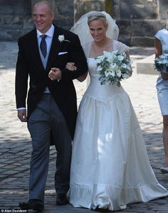 Happy 5th anniversary to Mike and Zara Tindall! The couple wed at Canongate Kirk, Edinburgh & are now parents to Mia