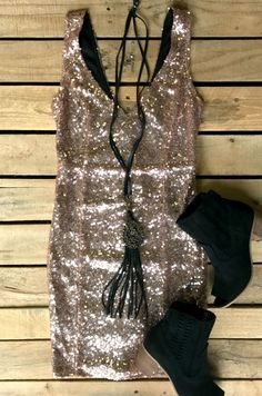 """""""Everybody Plays A Fool"""" Dress (CHAMPAGNE) - I love this for New Years 🍾"""