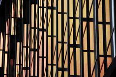 Vetrate rosse del tramonto di Amsterdam  sulla Nuova Biblioteca. Luogo fantastico dentro e fuori. hope you enjoi it.Marco