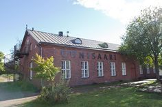 Helsinki Island Restaurants – Ravintola Uunisaari - you can also take a sauna at this restaurant
