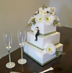 daisy wedding cake - Google Search