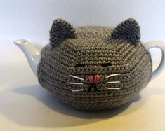 Cat teapot cozy cover kitty teapot included porcelain tea made to order Tea Cosy Knitting Pattern, Tea Cosy Pattern, Baby Knitting Patterns, Scarf Patterns, Gato Crochet, Crochet Geek, Crochet Granny, Teapot Cover, Cozy Cover