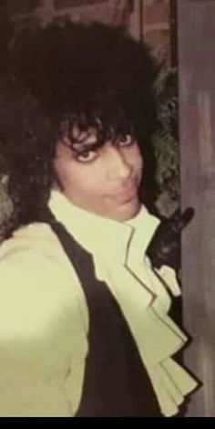 Young Prince looks so cute here Young Prince, My Prince, Yo Gotti, Pictures Of Prince, 2 Chainz, Dearly Beloved, Roger Nelson, Prince Rogers Nelson, John Legend