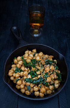 Garbanzos con espinacas con toque exótico | Cocinar en casa es facilisimo.com
