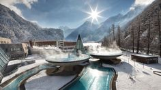 wish I was there>>>Aqua Dome thermal spa in Laengenfeld. The Aqua Dome thermal spa is one of the biggest and most modern thermal spas in Austria. Located at the start of the Oetztal Valley in Laengenfeld. Hotels And Resorts, Best Hotels, Amazing Hotels, Ski Resorts, Unique Hotels, Marriott Hotels, Thermas Water Park, Places To Travel, Places To Visit