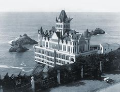 The Cliff House San Francisco - Built in 1896 burned down in 1907 - President Theodore Roosevelt was given a luncheon here in This photo was taken from the parapet (bluff above the Cliff House) in Sutro Heights Park. Cliff House San Francisco, San Francisco California, San Francisco Bay, Saint Leu, Le Far West, View Map, Abandoned Places, Old Houses, Old Photos